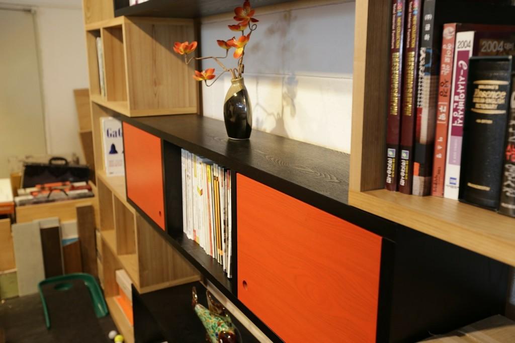 shelf-332206_1280
